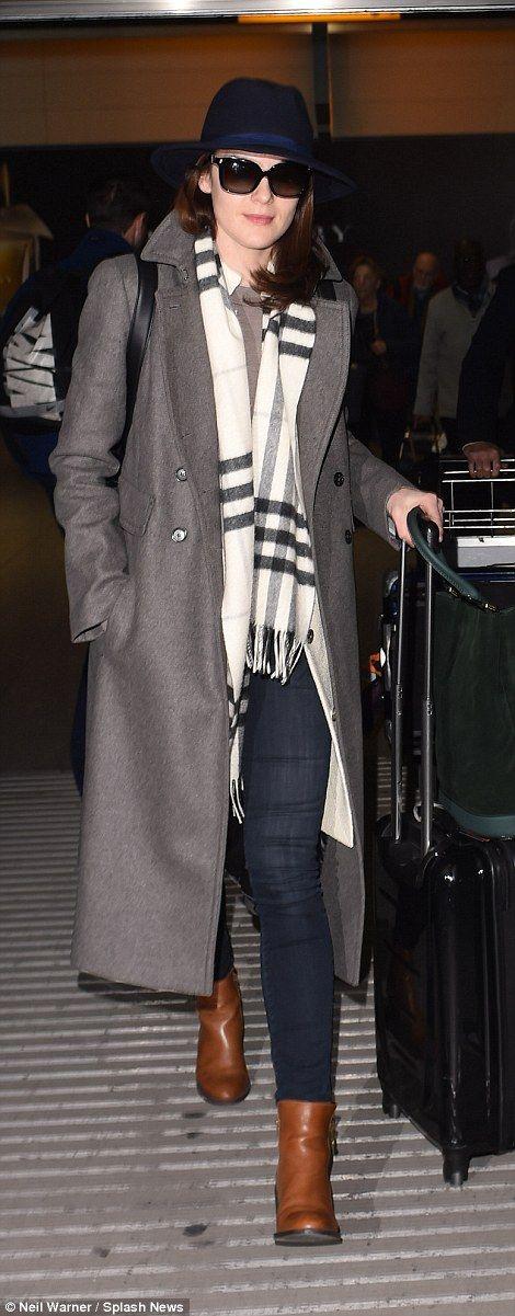 Downton star Michelle Dockery's fiance dies aged 34 ...