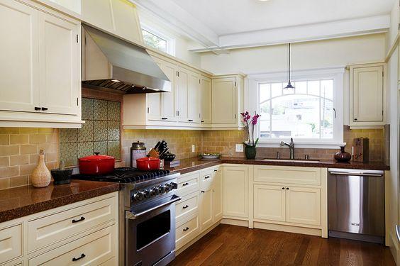 Cape Cod Style Kitchen Cabinets Yale Ave Marina Del Rey