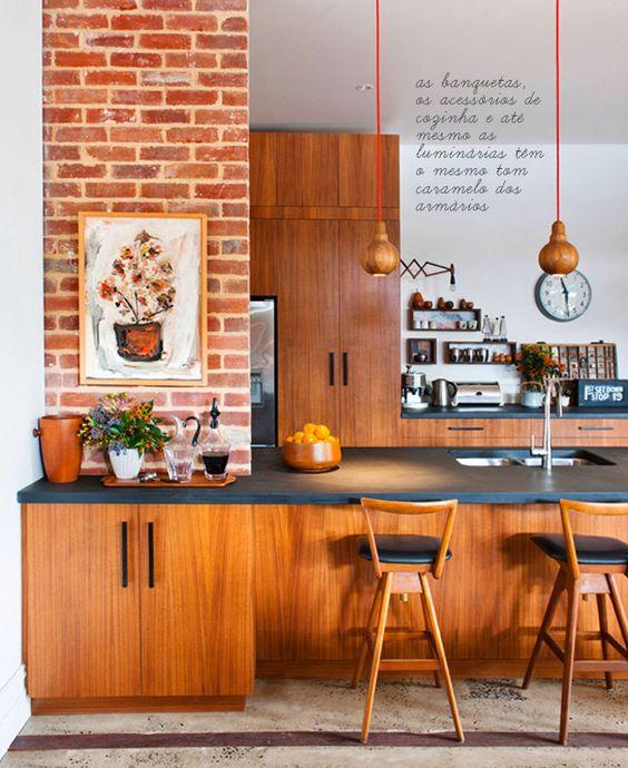 cozinha madeira e tijolos