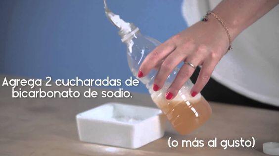 Cómo hacer un shampoo clarificante con ingredientes naturales.