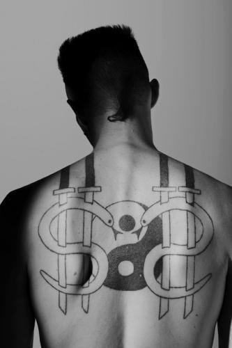 Ninja $O$ tattoo (Die Antwoord)
