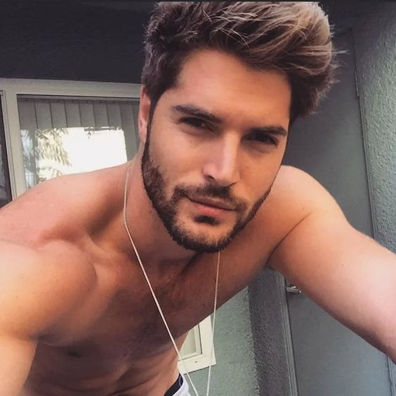 hot guy facial hair - Google zoeken
