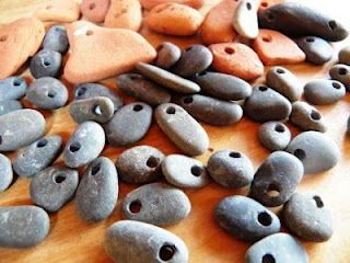 Live In Art: How To Drill Holes Through Rocks. Might need to know how to do this someday! #jewelry