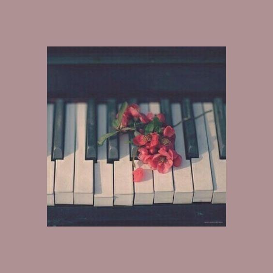 𝕻𝖎𝖆𝖓𝖔 𝕬𝖊𝖘𝖙𝖍𝖊𝖙𝖎𝖈 Piano Art Art Collage Wall Wallpaper