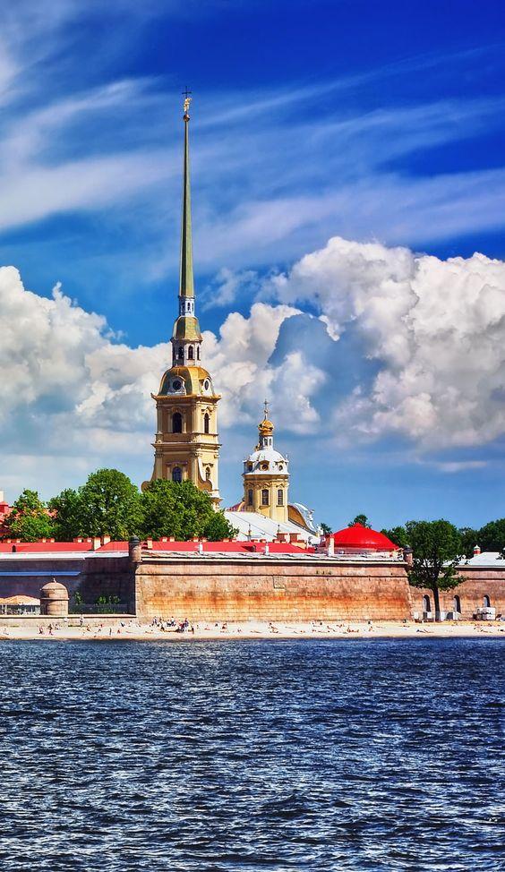 Amazing photography famous landmarks and russia on pinterest for Famous landmarks in russia