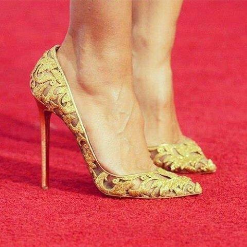 Perfect gold high heels