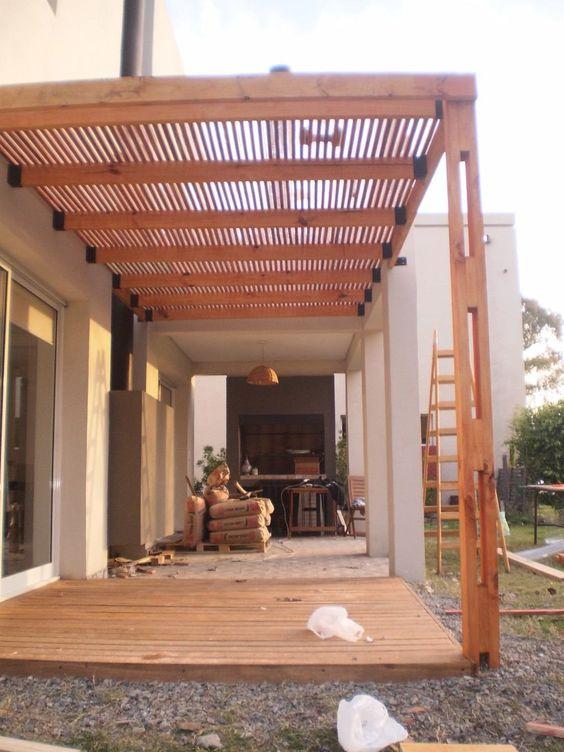 Construccion de pergolas de madera modernas buscar con for Construccion de casas en terrazas