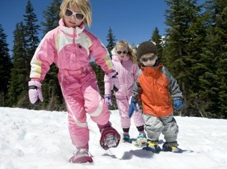 Snowshoeing at the Park Minneapolis, Minnesota  #Kids #Events
