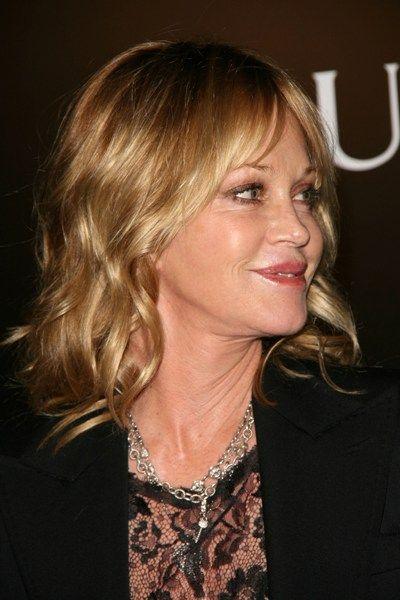 Melanie Griffiths blonde, wavy hairstyle