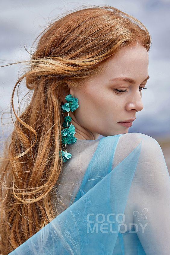 Graceful Flower Wedding Earrings with Beading #HG18003 | Cocomelody #cocomelody #weddingearrings #bridalearrings #weddingjewelry