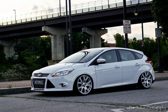 white ford focus mk3 rs st ford focus st tuning. Black Bedroom Furniture Sets. Home Design Ideas