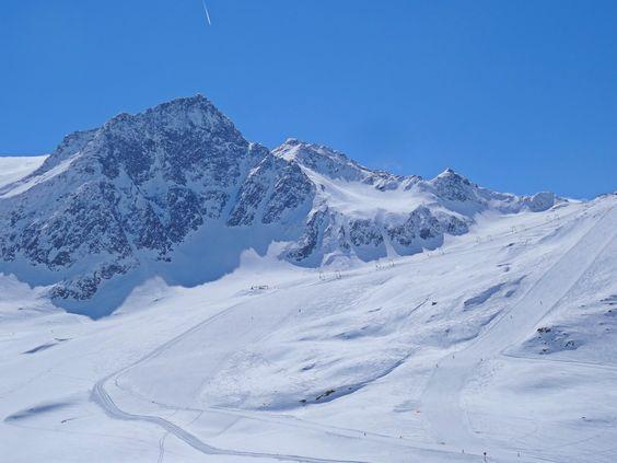 Beautiful days. #skiing #Schnalstal #ValSenales #nanox #ski #nanoxskiwax #nanoxski