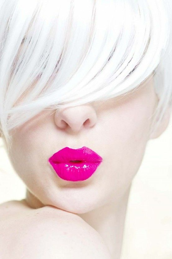 Pink lips + White hair