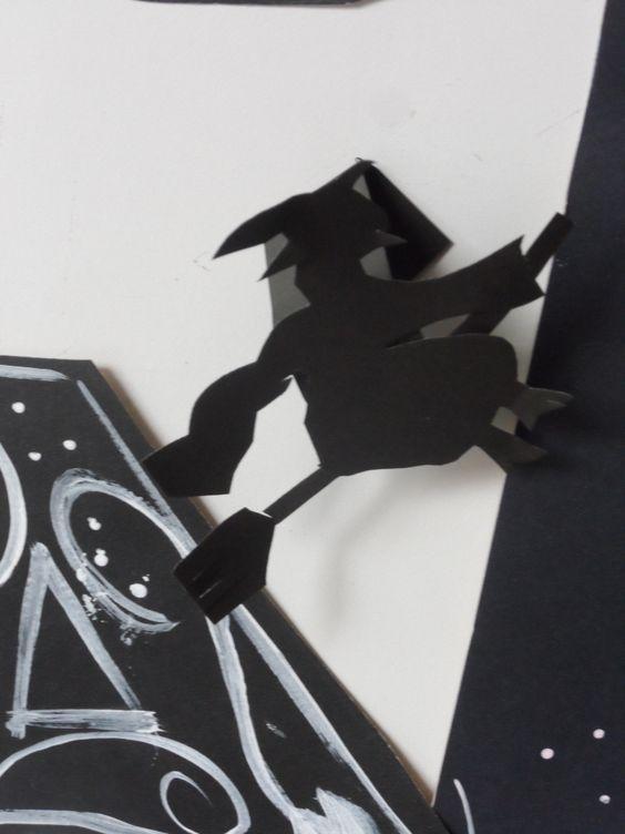 Detalhe  bruxa do painel Era uma vez por Ana Dias Escola Experimental