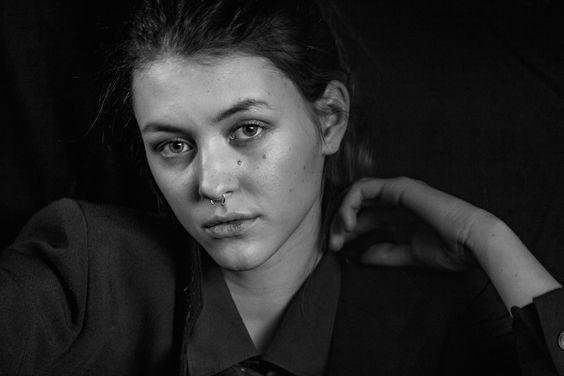 lovely Marlene Stenger by Daniel de Lupi 2016 #portrait #woman #model #mood #bw #schwarzweiß #photography #fotografie #photographer #fotograf #nomakeup #nophotoshop #studio #fashion