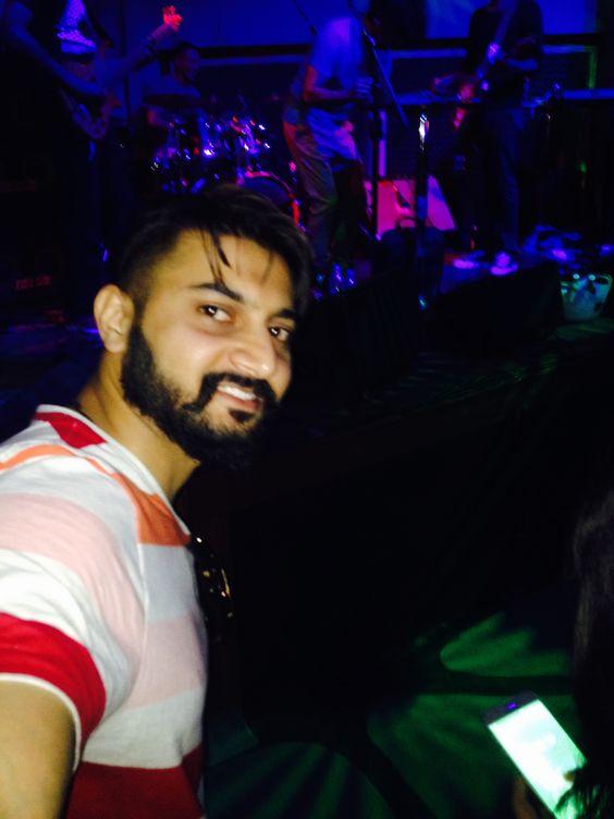 #BombayBlack @Blue Frog