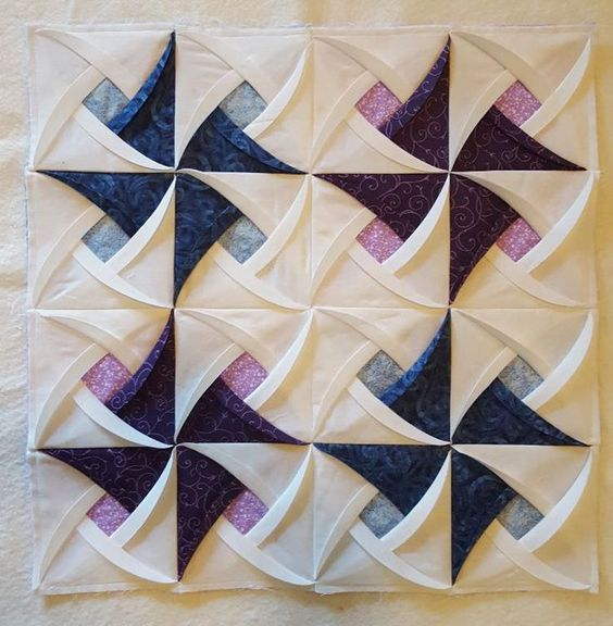 Quilting : Pinwheel Surprise Folded Cathedral Style quilt block:
