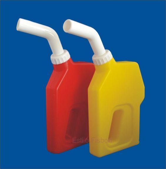 Antes se te volcaba siempre el aceite? Las aceiteras comunes son malisimas!!! por que no te regalas estos dispenser de aceite y vinagre super divertidos? Encontralos en nuestra tienda de facebook!