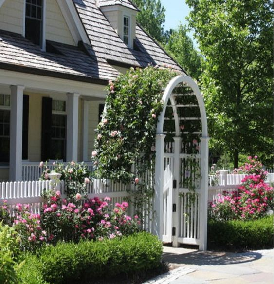 Gardens arbor gate and garden arbor on pinterest for Gate arbor plans