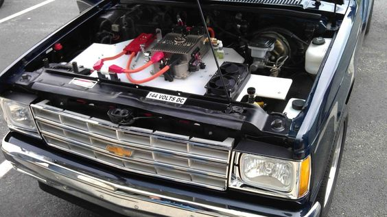Conversión de una camioneta a eléctrica en USA