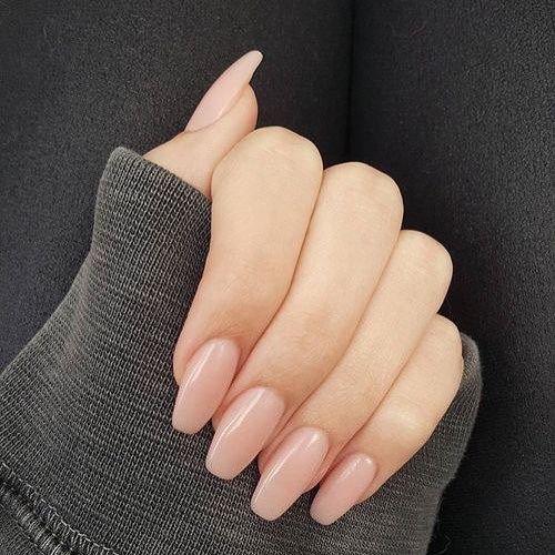 Pretty in blush nails