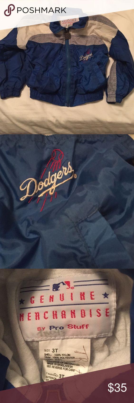 A Dodgers jacket It's a official Dodgers jacket. Size 3t Pro stuff Jackets & Coats Puffers