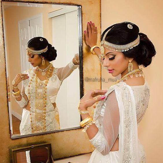 For makeup services pls contact hasan.mafruha@gmail.com or @mafruha_mua on IG #bride #wedding #mua #makeupartist #torontomua #torontomakeupartist #potd #toronto #love #srilanken #kandyanbride #kandyan #buddhist #hindu #tamil #sinhalese #saree #bollywood #desibride #indianbride #bridal #dressyourface #makeupbylilit #makeup