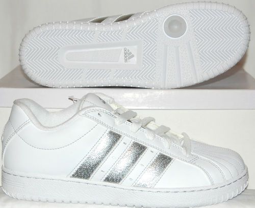 BNIBWT. LADIES ADIDAS SS INSPIRED TRAINERS. SIZE 5. WHITE AND SILVER G20523-152 | eBay