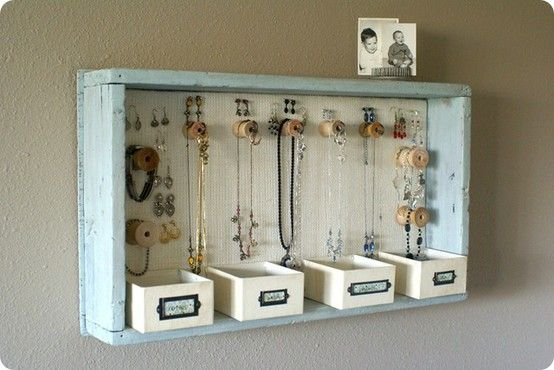d.i.y. jewerly display box
