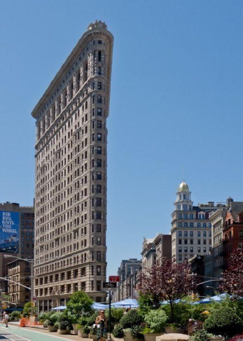 33 самых невероятных здания мира | 700x500