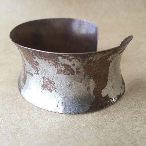www.narcise.net  #aliceinwonderland #etched #anticlastic #bimetal #cuff #bracelet from #narcise #instajewelry #jewelryofinstagram #instamade