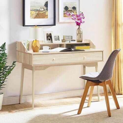 Add a desk to your bedroom for last minute thoughts before sleep