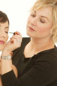 Video: Best make-up tips for women over 50 : Eyes