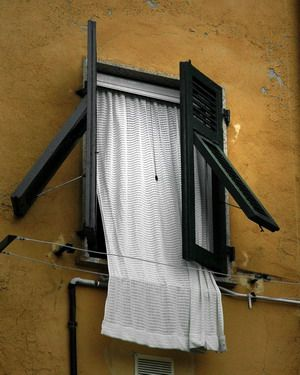 Italy / photography / windows