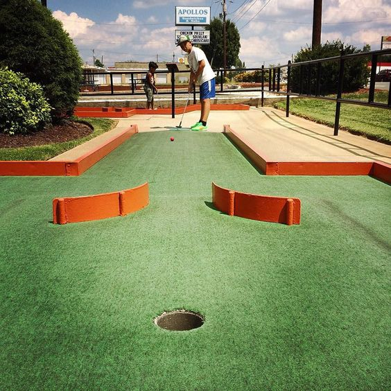 Putt Putt Fun Center Game Entertainment Centers Showcase Your Golf Skills On This Golf Course And Have Your Kids E Best Games Golf Courses Activity Games