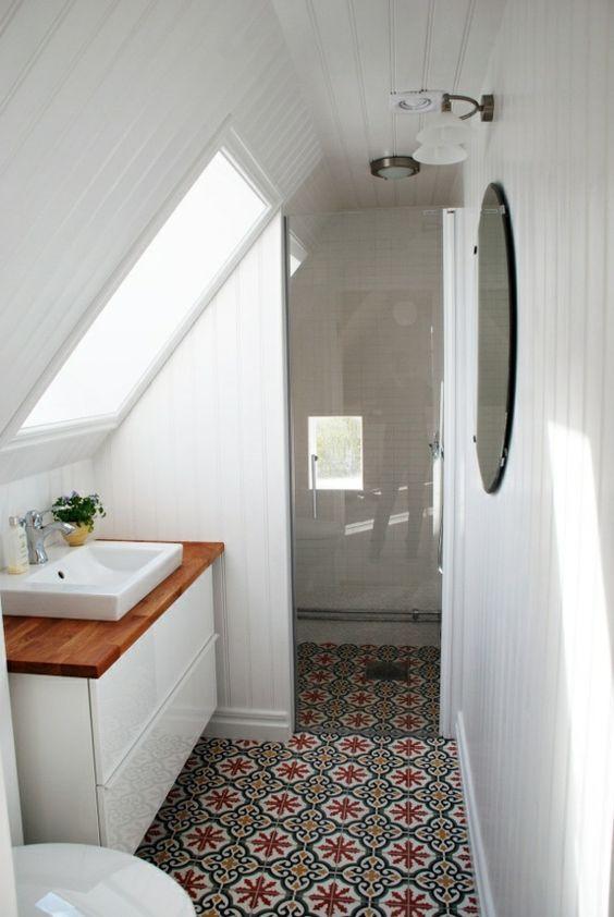 Badezimmer Inspirationen So könnte Ihr Bad aussehen Bad im - badezimmer mit schräge