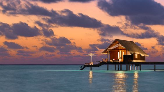 Today's Daily Escape is from Maldives Water Villa in North Male Atoll.