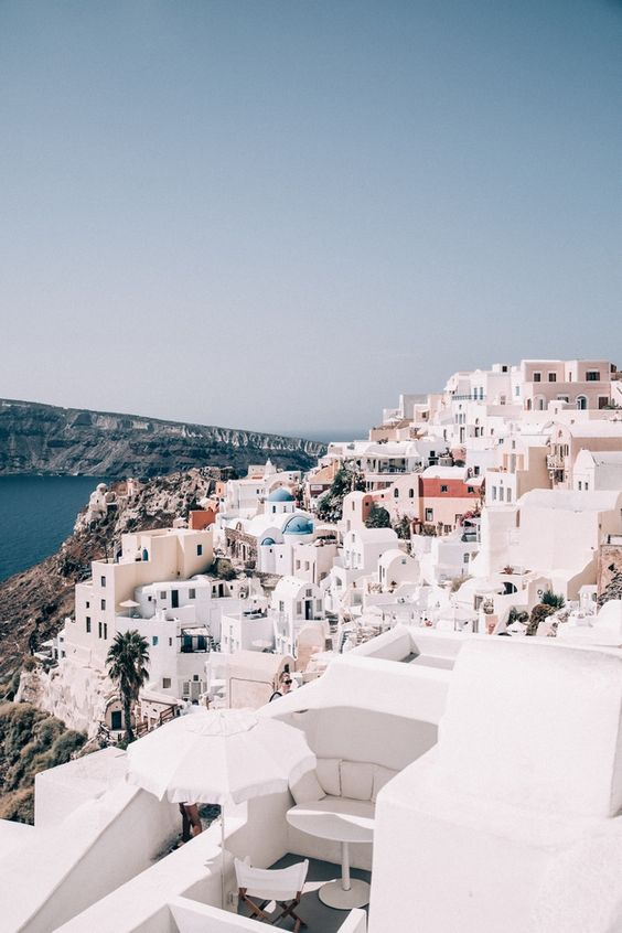 DAYS OF CAMILLE: TRIP IN GREECE : LES CYCLADES - TOUR DE SANTORIN