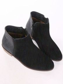 Black Simple Ladies Solid Color Zipper Flat Boots