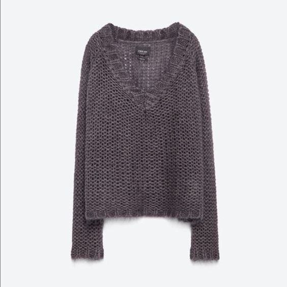 ZARA V-Neck Sweater 2016 Knitwear Collection, brand new Zara Sweaters V-Necks