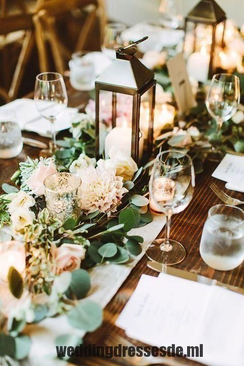 Hochzeit Trend 23 Einzigartige Blumen Hochzeit Girlande Tischlaufer Ideen Weddings Laternen Hochzeit Hochzeit Beleuchtung Hochzeitsdekoration