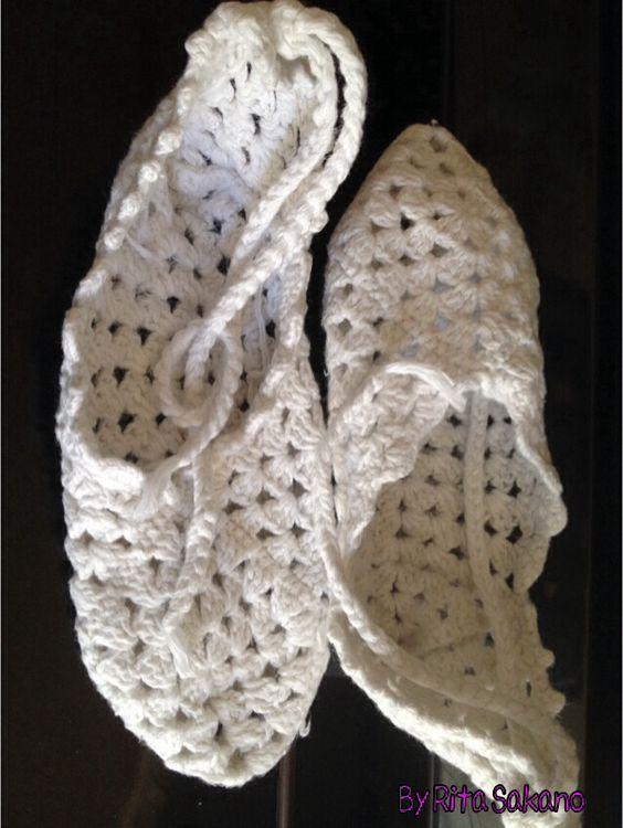 Sapatilha de crochê em fio de algodão