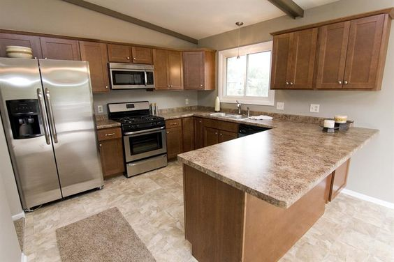 Split entry kitchens and kitchen layouts on pinterest for Split foyer kitchen