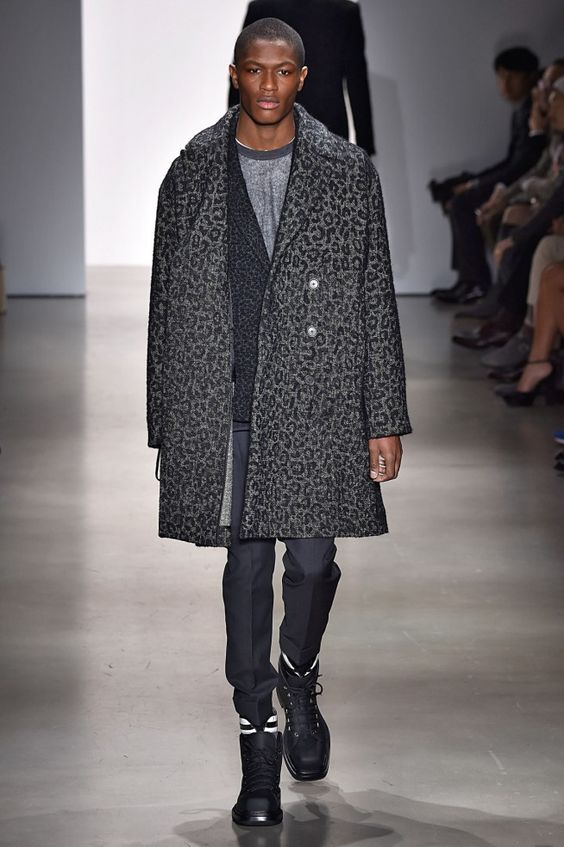 Coleção // Calvin Klein Collection, Milão, Inverno 2016 RTW // Foto 16 // Desfiles // FFW