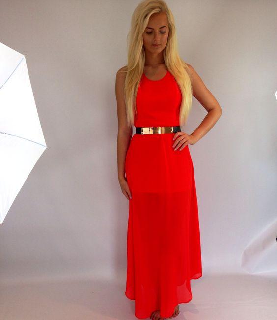 Coral maxi dress @ www.pretty-dolly.com