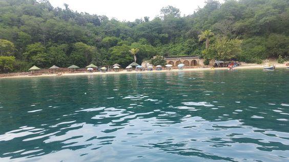 Cerca de piscina