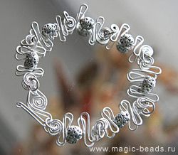 Bracelet made of wire