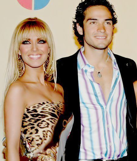Anahi y poncho dating