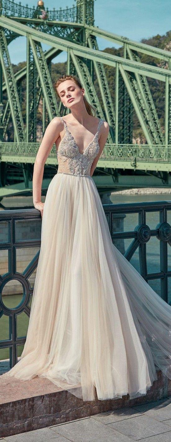 Galia Lahav Fall 2016 Beach Wedding Dress / http://www.deerpearlflowers.com/beach-wedding-dresses-with-gorgeous-details/