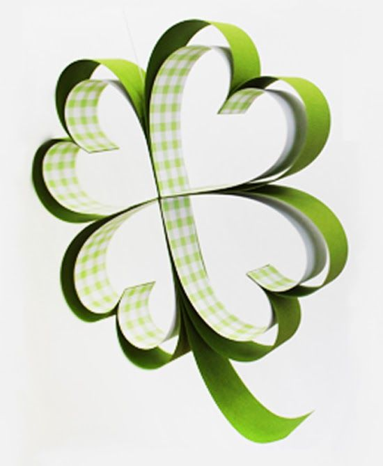 How to Make Paper Shamrocks